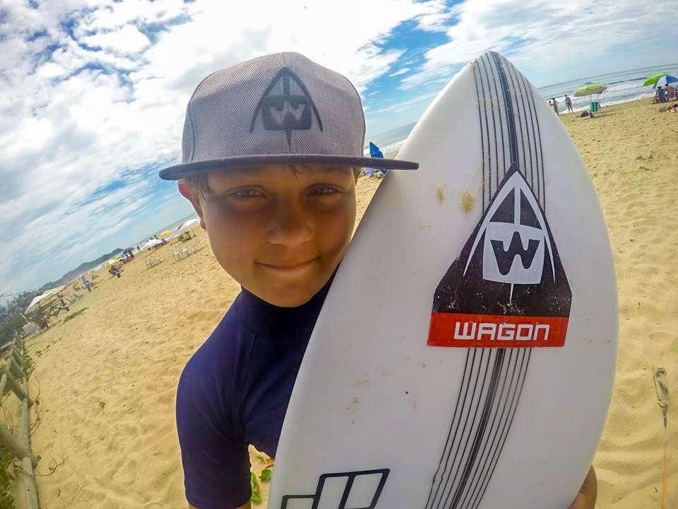Takeshi Oyama inicia sua participação em campeonatos de Surf em São Paulo 1