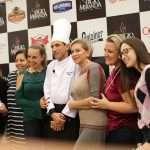 Chef Sérgio Miranda faz sucesso com aulas show na loja Camicado 19