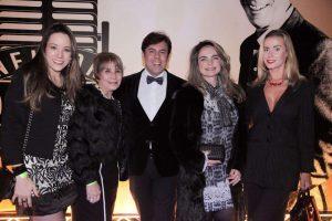 Lilian Gonçalves reúne VIPs e convidados 11