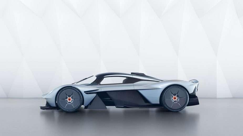 Aston Martin Valkyrie por EUR 2,8 Milhões está quase pronto 1