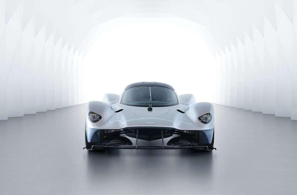 Aston Martin Valkyrie EUR 2,8 Milhões está quase pronto