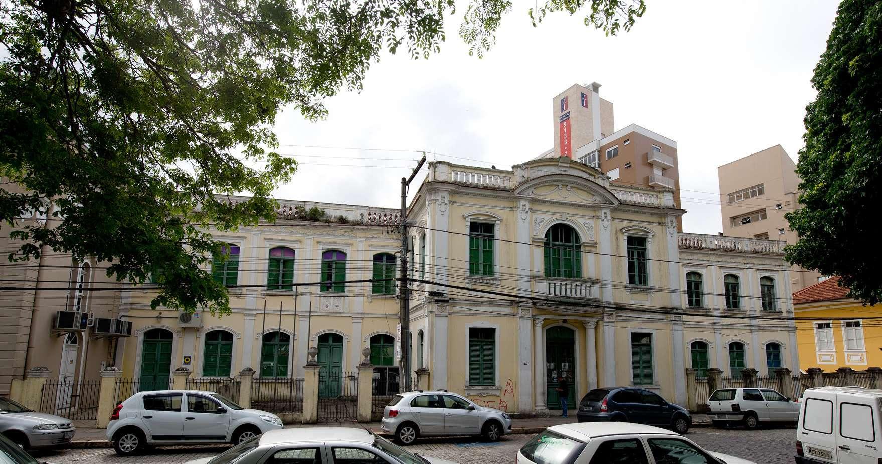 Casarão da Praça Getúlio Vargas - Foto Lio Simas