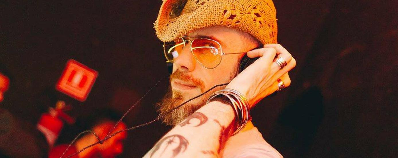 Balada inspirada em David Bowie agita a noite paulistana 1