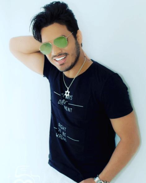 Sertanejo revela que nova música foi inspirada em um amor de sua vida 1