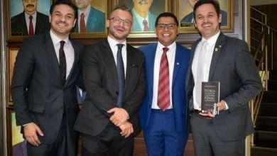 Júlio Marcelino, Exmo Juiz Alexandre Morais da Rosa, Tiago Silva e Gui Pereira - Foto Reni SouzaDivulgação