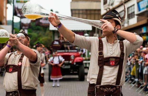 Oktoberfest mais do que uma festa, uma prova de amor 1