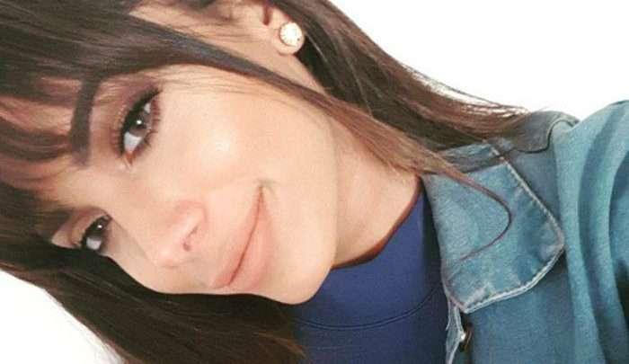Anitta exibindo novo visual com franja