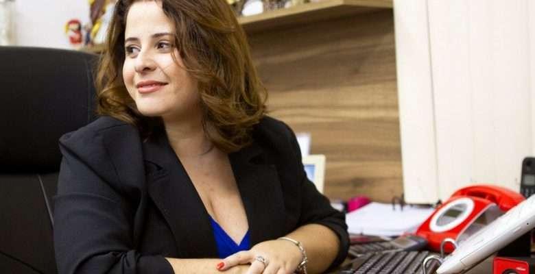 Empresária Brasileira - Cintia Virginio