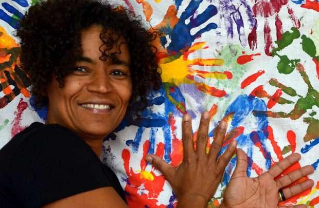 Bárbara Santos artista-ativista que vive na Alemanha lança livro sobre Teatro do Oprimido no Brasil 1