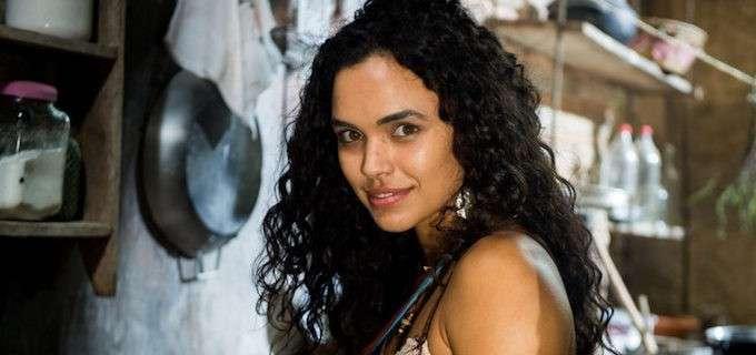Tenha o cabelo cacheado e mais desejado do momento igual ao da atriz Giovana Cordeiro. 1