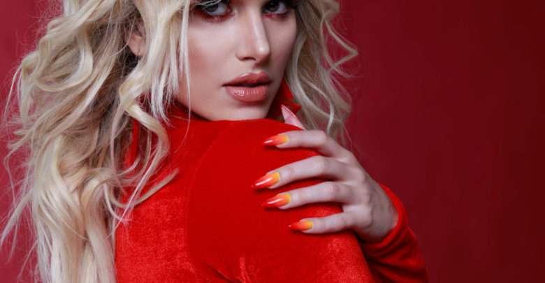 Francinne lança clipe e EP 'La Rubia'em espanhol, pela Universal Music 1