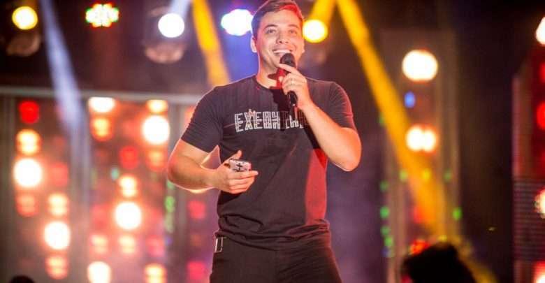 Wesley Safadão anima festa Castelo Vip como principal atração do evento 1