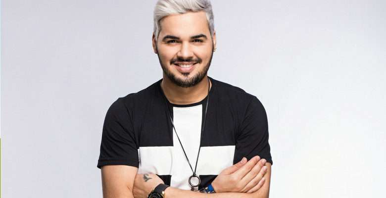 joel carlo, cantor, dvd, lancamento, show, sucesso, musicas
