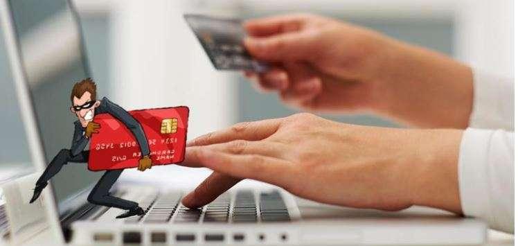 Compras Online? Férias? Saiba como evitar cair em fraudes