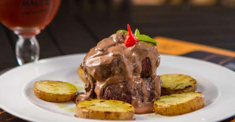Filet ao Chocolate-Restaurante Caras de Malte Foto: Kadu-Schiavo