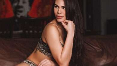 A modelo e dançarina Rayssa Melo aderiu ao Lingerie Day 1