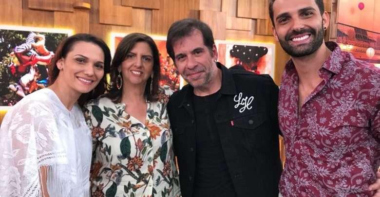 No palco do Encontro com Fátima Bernardes o cantor Flavio Otoni emociona convidados 1