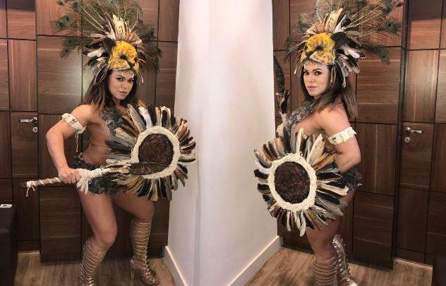 Andréa Capitulino, Rainha Bicampeã do Carnaval de SP, posa de Guerreira 1