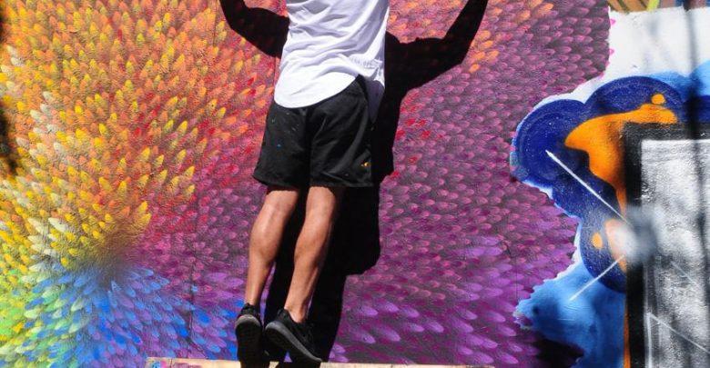 Do muro para o mundo grafiteiro brasileiro desembarca em São Paulo