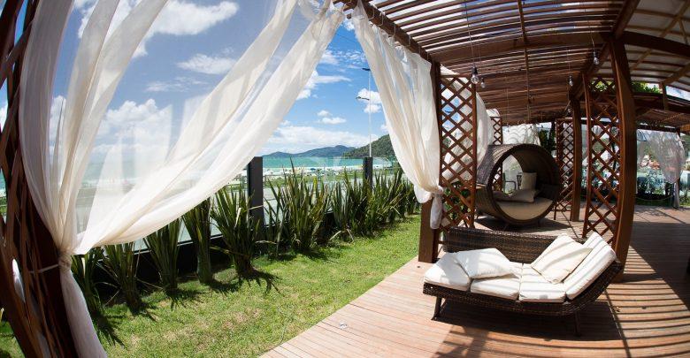 Majestic Beach Club inaugura com sunset party neste sábado na Praia Brava