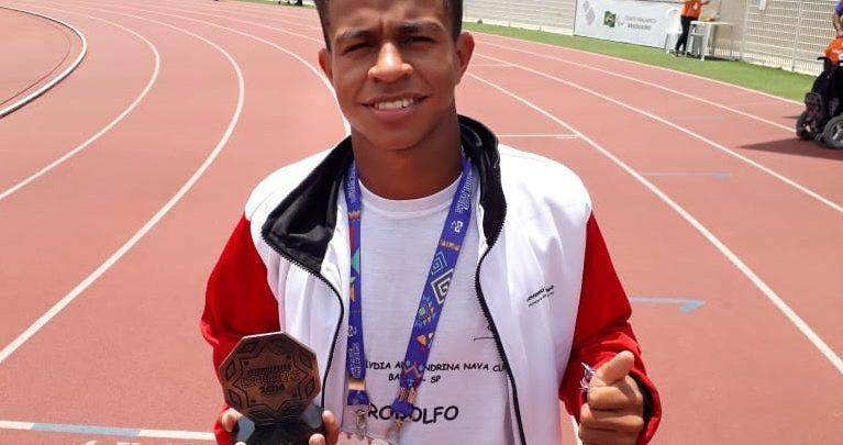 Atleta da ABDA conquista 2 ouros nas Paralimpíadas Escolares