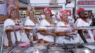 Feijoada do Salgueiro leva Reinaldo ao palco da Academia do Samba 1