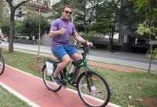 Arnold Schwarzenegger retorna a São Paulo em 2019 para sua feira animado para pedalar pela cidade 5