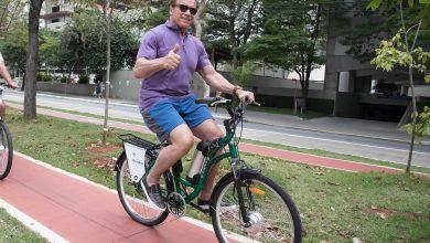 Arnold Schwarzenegger retorna a São Paulo em 2019 para sua feira animado para pedalar pela cidade 3