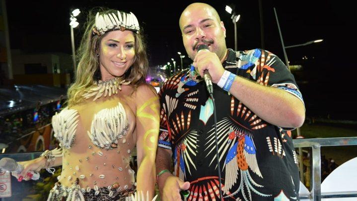 Tiago Abravanel e  Luana Monalisa agitam trio elétrico em Salvador 1