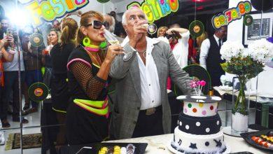 A jornalista e blogueira Jo Ribeiro arrasa na festa temática do seu aniversário 7