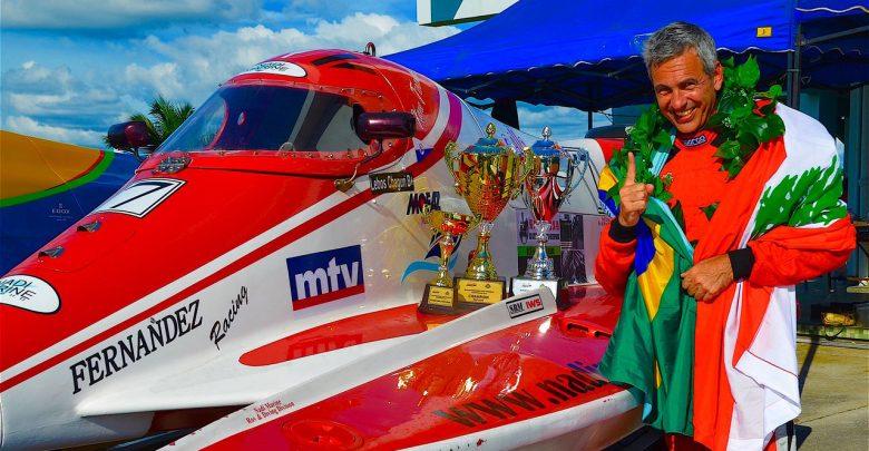 Lebos Chaburi campeão título mundial de motonáutica