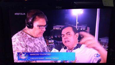 Dr. Marcos Tolentino manda recado ao vivo para jornalista durante transmissão do Carnaval 2