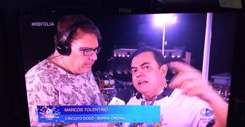 Dr. Marcos Tolentino manda recado ao vivo para jornalista durante transmissão do Carnaval 1