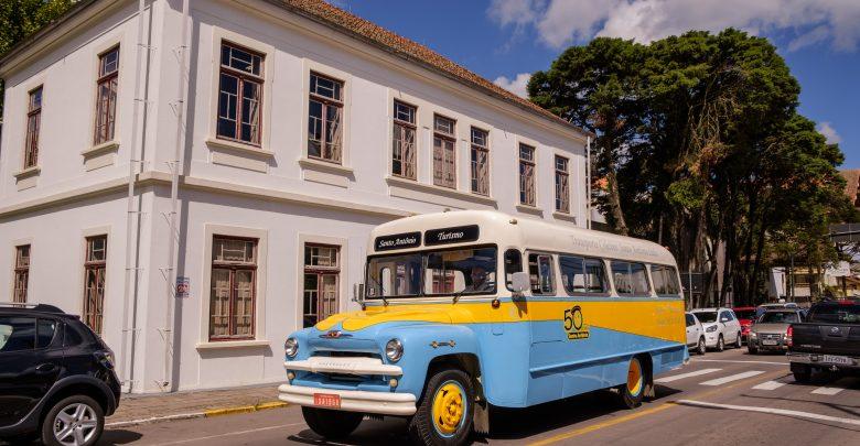 City Tour - História e ônibus Vintage na Serra Gaúcha 1