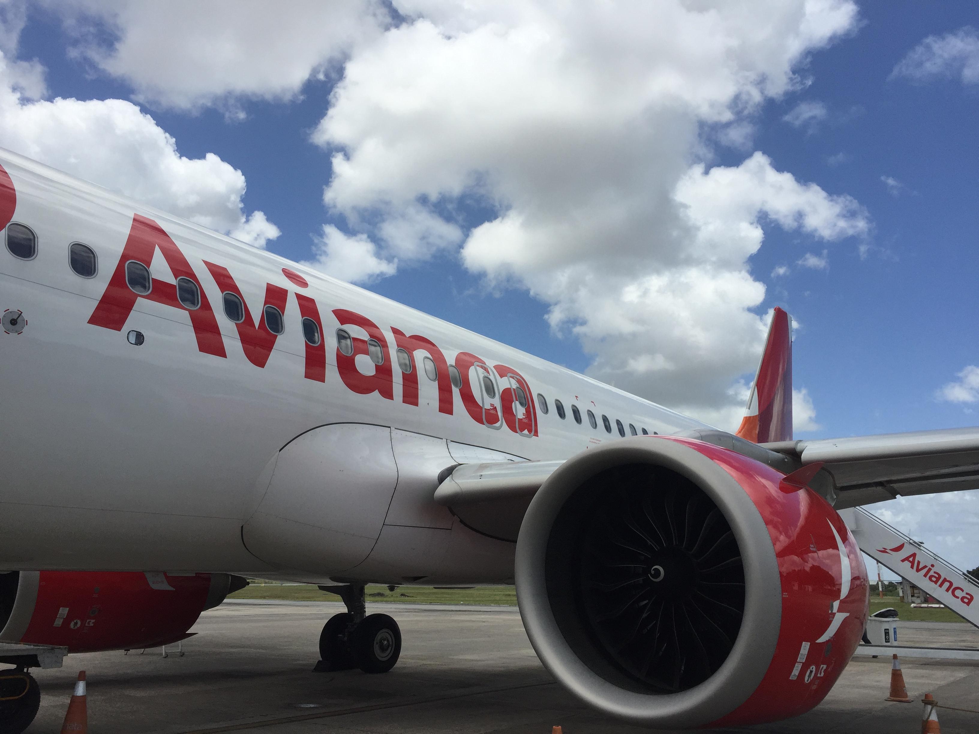 Avianca não oferece acomodações aos passageirros com voos cancelados