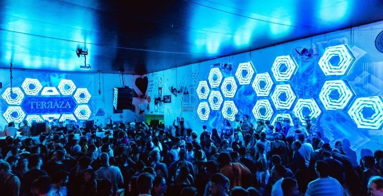 terraza, festa, roman fluguel, djs, aninha, floripa, aniversario, musica eletronica, agenda, jurere,