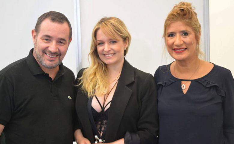 Reinaldo Dutra, Luciana Vendramini e Jô Ribeiro na Bijoias - Foto: Rick Romero