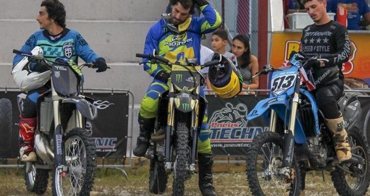 O piloto de FreeStyle Motocross Tatá Pelegrino dá show na Technic Fest! 1