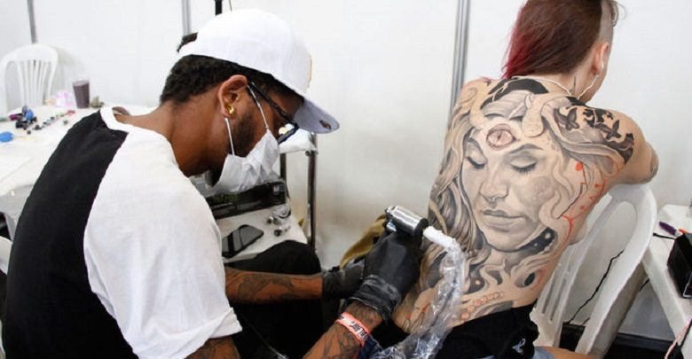 9º BH tattoo traz música eletrônica em festa de abertura, na sexta-feira dia 17 de maio 1