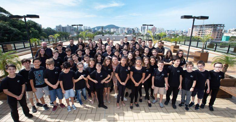 Primeira Orquestra Infantojuvenil do  Instituto Core de Música estreia na Expogestão, em Joinville 1