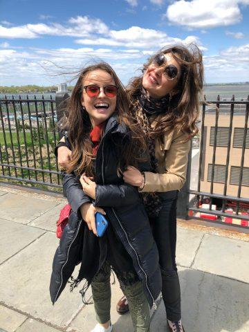 Larissa Manoela e Lucas Jagger comemoram aniversário de Sophia Volpe em NY 11