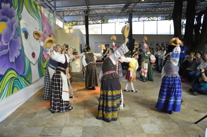 O público será convidado a participar de Oficinas e assistir a  apresentações de grupos tradicionais. Foto Rolf Odelius