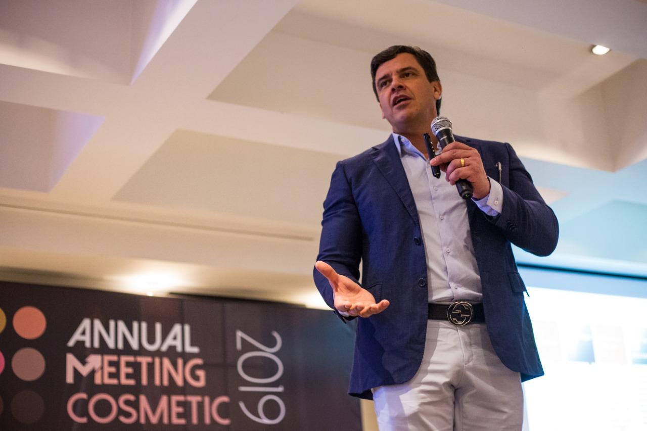 Primeira edição do Annual Meeting Cosmetic é sediada em SP 4