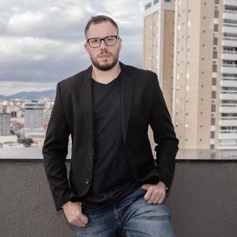 """Vinícius Cordoni, profissional com mais de 10 anos de experiência, estará em Santa Catarina com sua palestra """"Como a imprensa pode ajudar sua Startup""""  Foto: Divulgação"""
