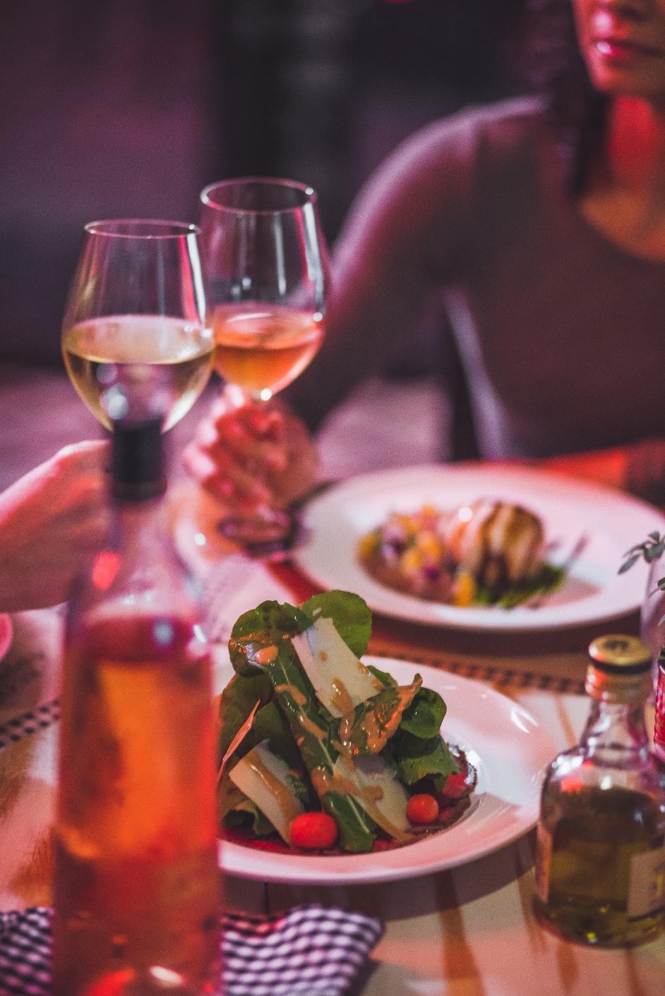 Tomato Cucina & Vino prepara noite italiana para celebrar o Dia dos Namorados 2