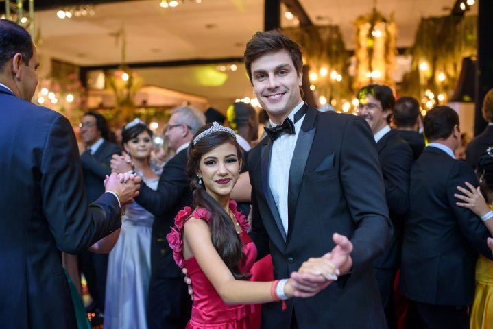 Hospital do Amor recebe oitava edição do Baile de Debutantes Fadas Madrinhas 4
