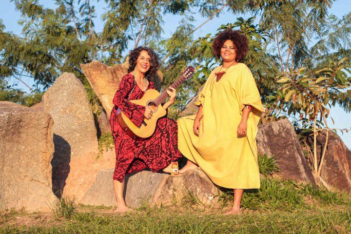 Através de composições autorais duo fala sobre as belezas e denuncia as agruras dos rios São Francisco e Pinheiros. Foto Tico Dias