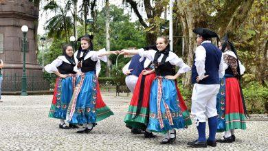 Grupo Folclórico Alemão Eintracht se apresenta na Sociedade de Bolão Tirolês