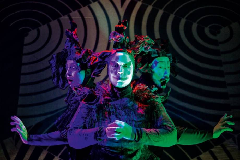 Grupo de teatro de São Paulo apresenta espetáculo gratuito em Florianópolis