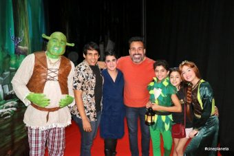 Leo Iglesias (Shrek), Renan Medeiros Alex Junior, Fábio Ramalho, Vinícius Pieri, Mariah Wernay, Ágatha Felix (Fiona). Foto Paulo Araújo.